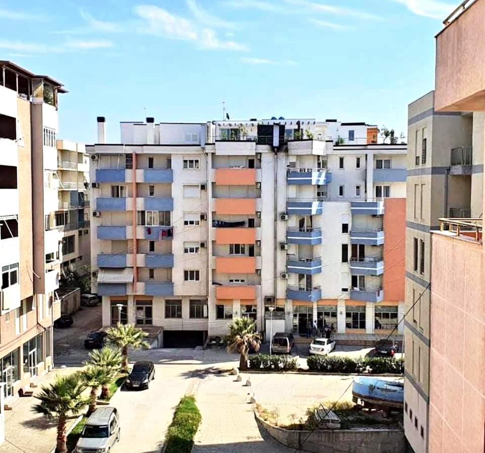 One bedroom apartment 1 + 1. 77 m2