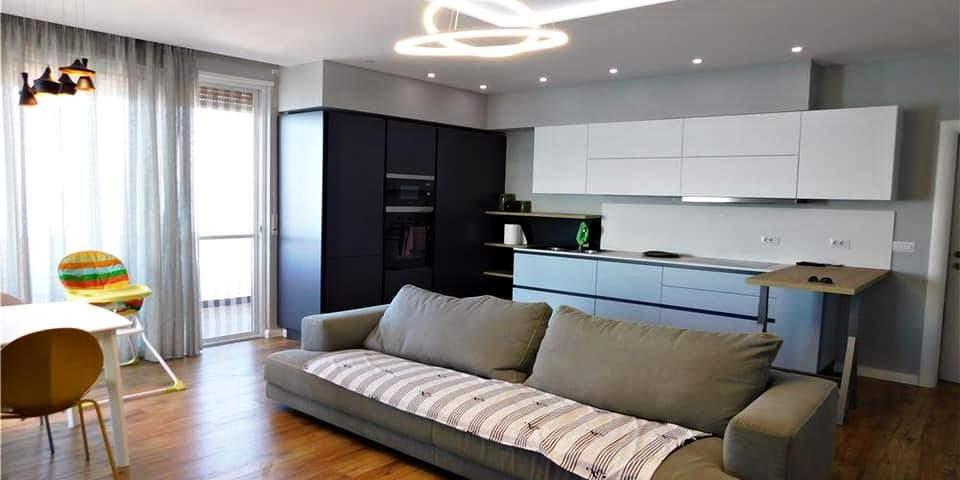 Квартира в новом доме 2+1+кухня. 113 м2