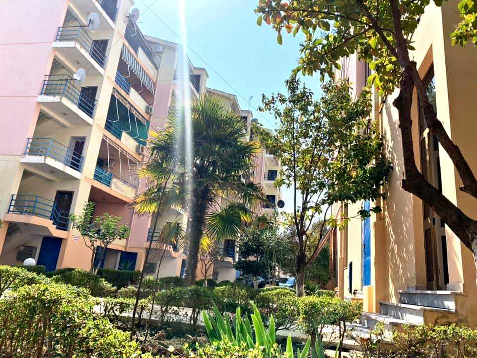 2 квартиры 2+1 (в версии-студии) 78,7 м2 и 85,2 м2. Голем
