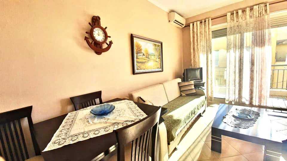Трехкомнатная супер квартира 2+1. 80м2, Дуррес.