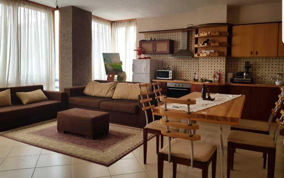 Двухкомнатная квартира 1+1. 67 m2. Поградец