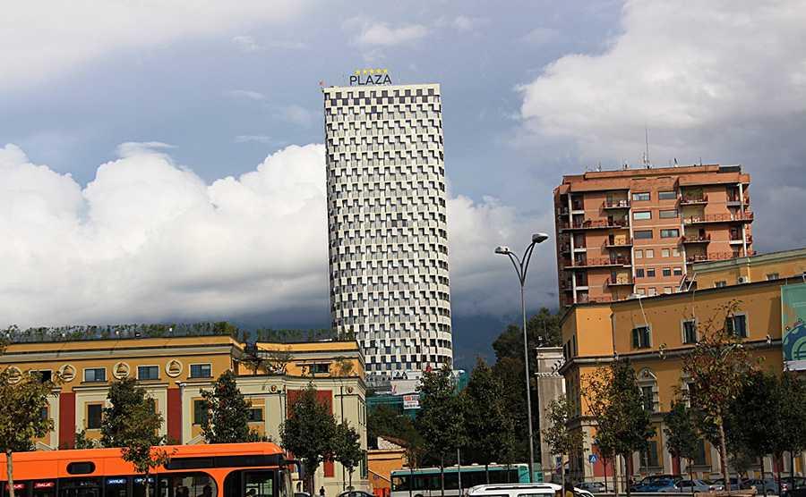 TID Tower является самым высоким зданием Албании
