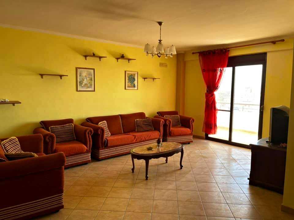 Четырехкомнатная квартира 3+1. 146 m2. Дуррес.