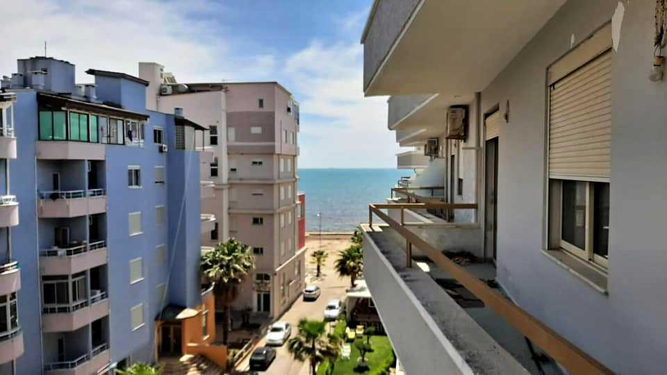 Двухкомнатная квартира с видом на море, 1+1. 60m2. Дуррес