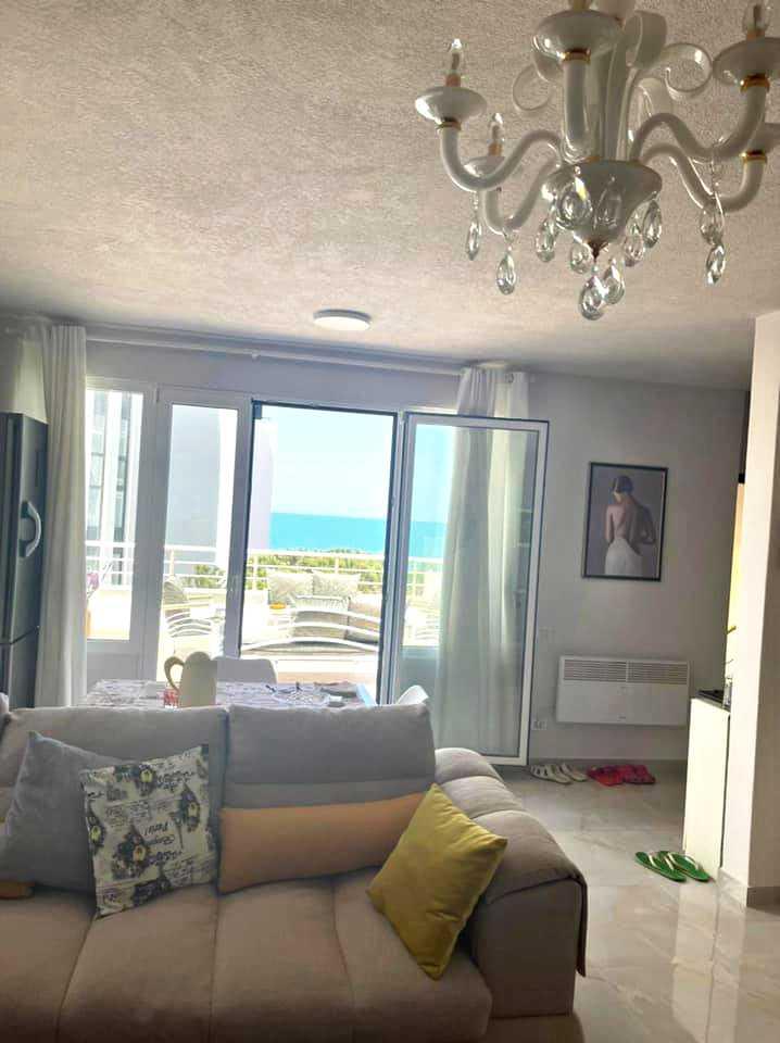 Трехкомнатная квартира 2+1. 126 m2. Мали и Робит / Дуррес