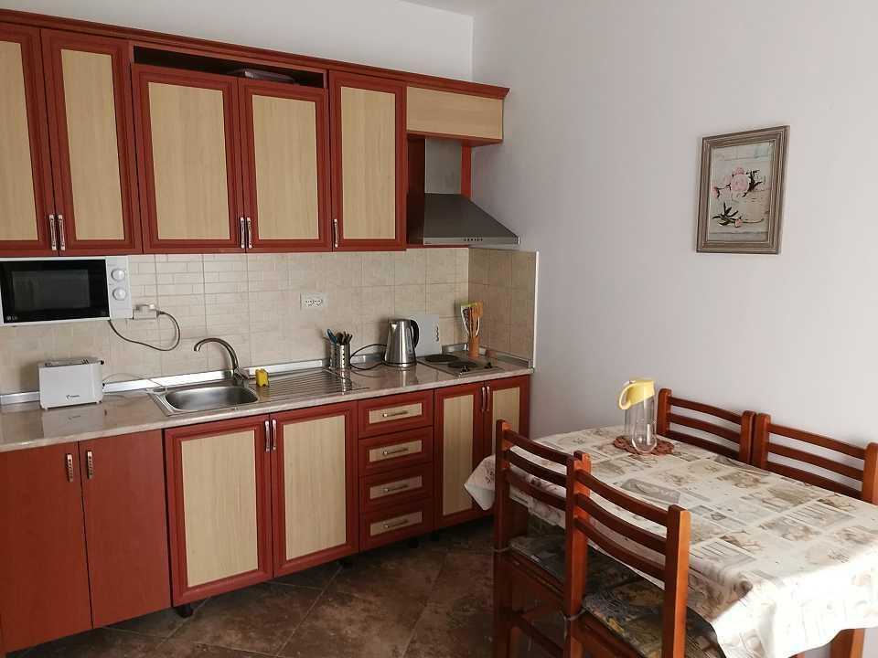 АРЕНРДА! Просторная студия с балконом. 42 м2. От 20 евро/сут. Дуррес Ап.103