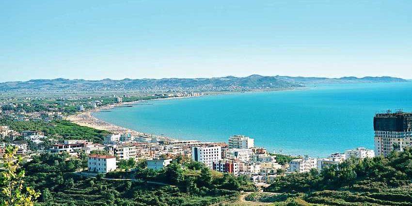 Голем в Албании – небольшой курортный поселок