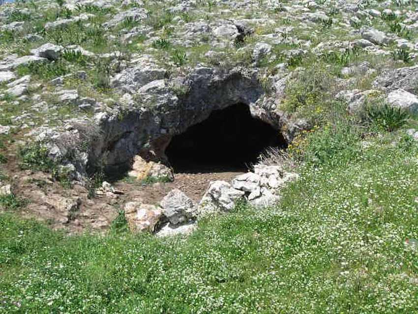 Кониспольские пещеры.