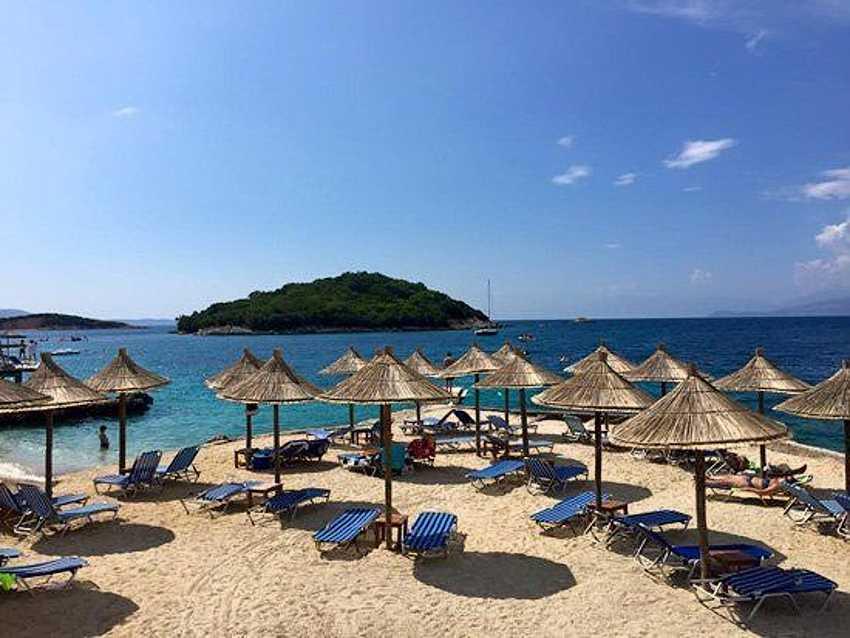 Лето в Албании длится почти полгода