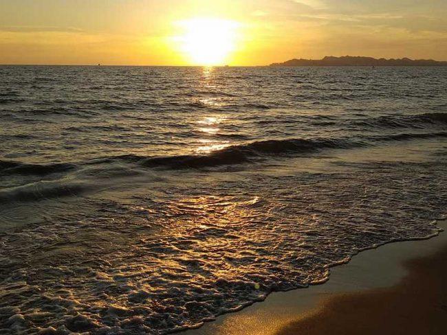 Шикарные пляжи Дурреса.
