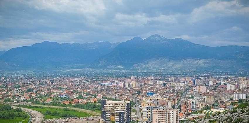 Шкодер будет чудесной отправной точкой, так как находится очень близко к границе с Черногорией