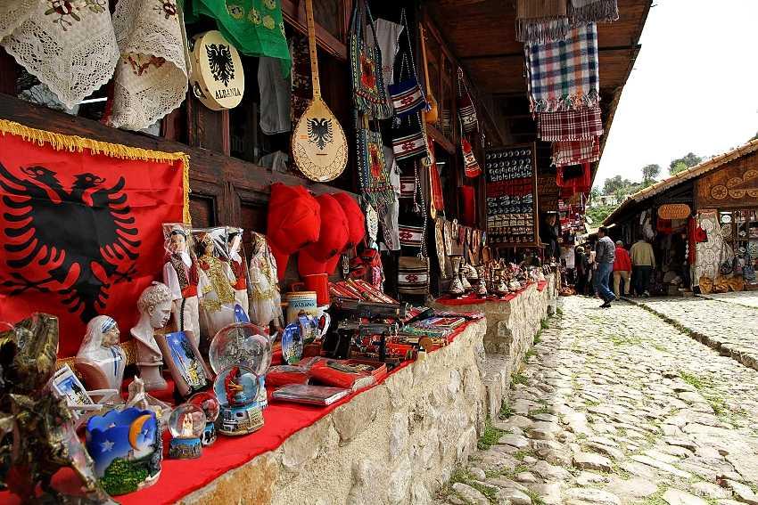 Что туристу купить в Албании в подарок родным и близким?