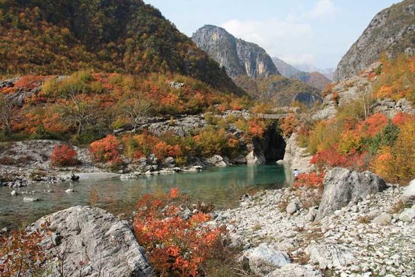 Холодная осень в Албании длится всего лишь месяц