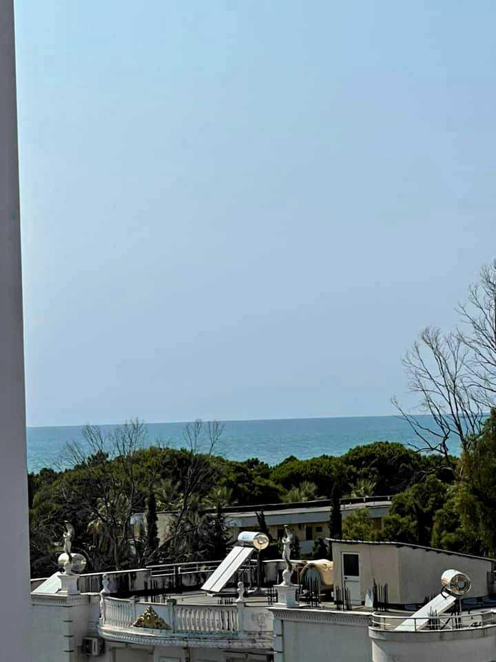 Двухкомнатная квартира с видом на море 1 + 1. 65 м2. Дуррес/Голем