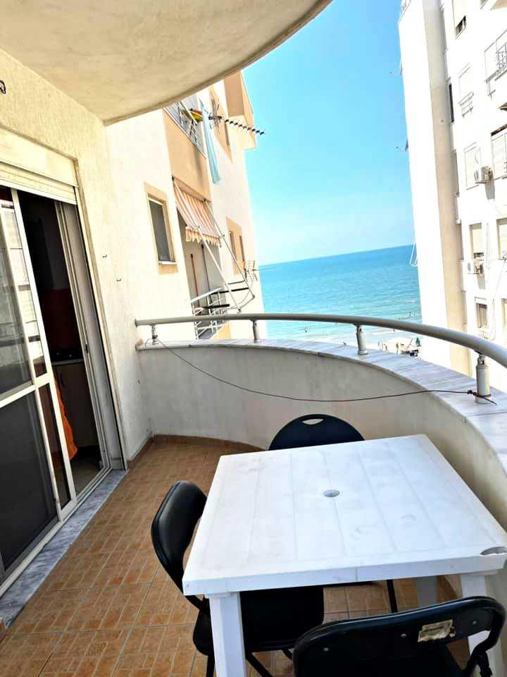Трехкомнатная квартира с видом на море 2 + 1. 75 м2. Дуррес/Голем